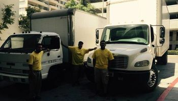 Mover service by Robert + freghtliners 14ft to 26ft box trucks.