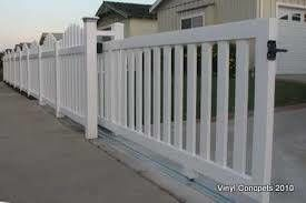 Need new fence or repair? Call Universal fence, free estimate!