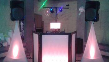 DJ FANATIC - FREE LIGHTING