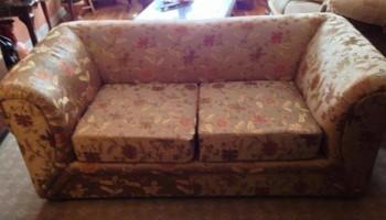 professional furniture upholsterer and furniture assembler