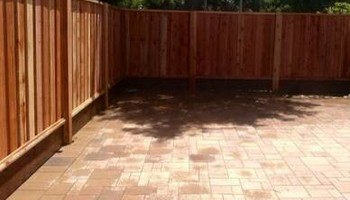 Free estimate for your Fence Installation! LANDAS FENCE! Wood, Vinyl, Chainlink!