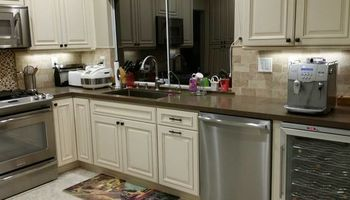 KITCHEN REMODELING. GreenTech Builders, Inc