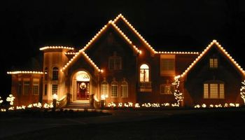 Christmas Light Pros - Install Maintenance Removal Christmas Lights