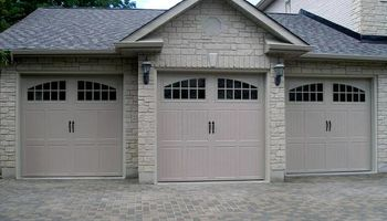 Philadelphia Garage Door Service Repair and Installation. FREE ESTIMATE !