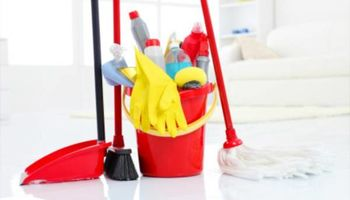 HOLIDAY CLEANING RESIDENTIAL AND COMMERCIAL CLEANING SERVICE