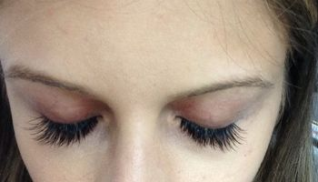 OOH LA LASHES! Lashed
