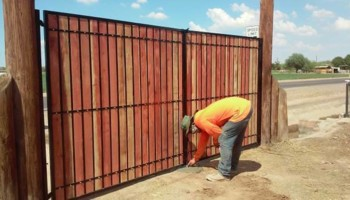 Fence & Gate Installation & Repair