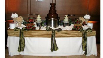 CHOCOLATE FONDUE FOUNTAIN ONLY $395