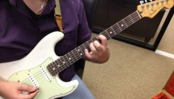 Guitar Lessons - Adult Beginners Start Playing the Music You Love Fast