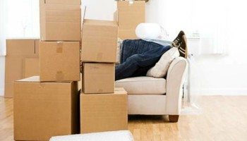 WE MOVERS / MOVING ARE READY TO MOVE YOU FAST AND SIMPLE