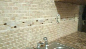 BACKSPLASH TILE SPECIALIZE IN GLASS MOSAIC & NATURAL STONE