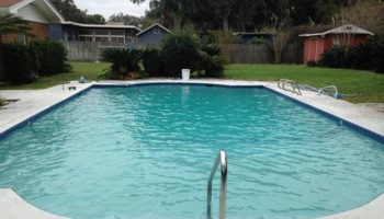Pool Cleaning. Watermark Swimming Pool and Spa Services LLC