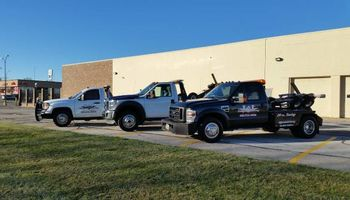 L&I Recovery. 5 Tow Truck affordable.