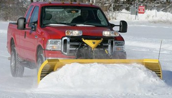 Digirolamo landscaping. Cheap Snow plowing service