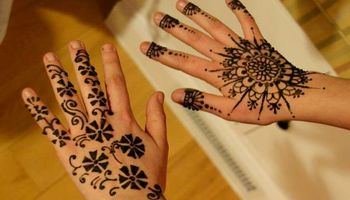 Talented Henna/Mehndi artist available