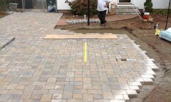 LANDTECH LANDSCAPING. PATIOS - WALLS - OUTDOOR KITCHENS