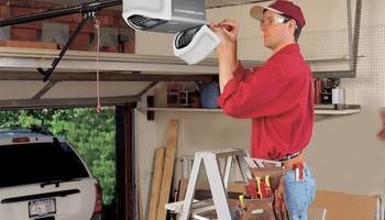Garage Door & opener. Pro Door Doctors LLC
