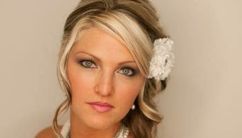 Onsite Professional Bridal Hair and Makeup Services