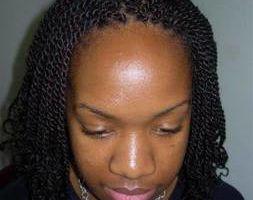 Munas Afro. Afriacn hair style