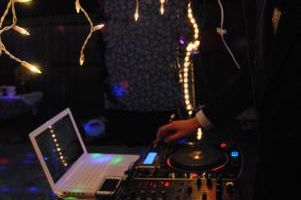 Mobile DJ - $40 Per Hour