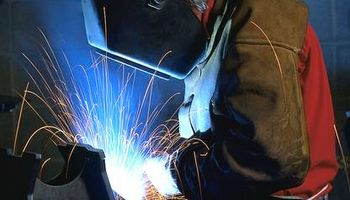 Welding Fabrication Repair. Mobile Welder