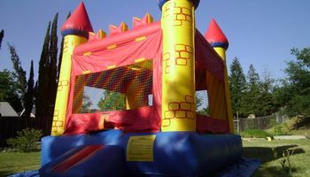 Cheapest bounce house and jumper for rent - William's Bounce!