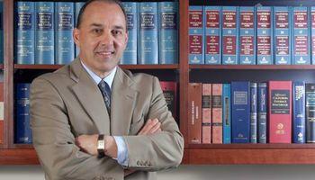 BUSINESS / CORPORATE & LAW CIVIL LITIGATION Attorney