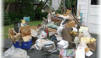 Trash Hauling/Junk Removal