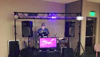 Vanjo Music Services - KARAOKE & MOBILE DJ SERVICES. DJ Cornbread