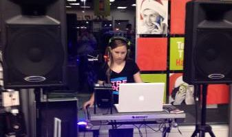 MOBILE AND EVENT FEMALE DJ ISIS