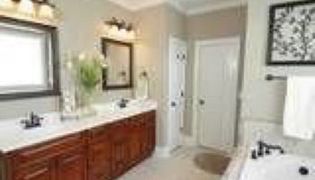 Meticulous Move Out cleaning experts / Insured & Licensed
