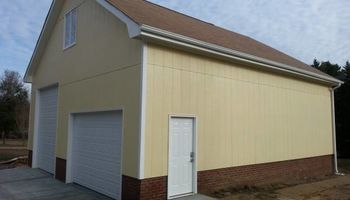 GARAGES....SCREEN PORCHES (Lic. Builder)