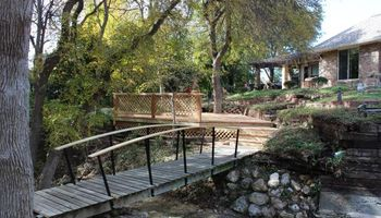 Proper Deck and Fence - Outdoor living, treehouses, Patios, carpentry