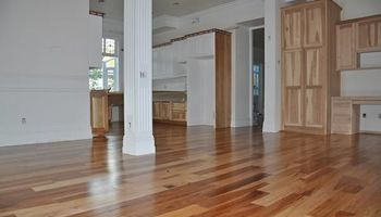 SUNSHINE HARDWOOD. LIC & INSURED!