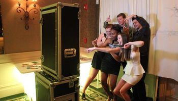 Photo Booth Rental $500.00