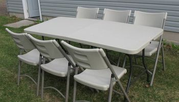 TABLE & CHAIRS for RENT