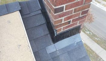 EXPERIENCED ROOFER. CHIMNEY LEAKS
