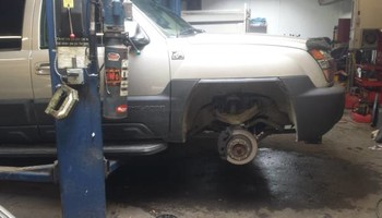 Full service Auto Repair Shop..... FREE ESTIMATES