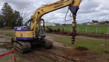Skip loader, bobcat, mini excavator