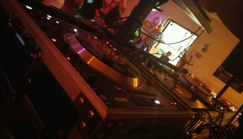 DJ RickyB. PARTY ENTERTAINMENT EVENTS $180 LETS GET YOUR PARTY STARTED!
