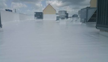 Accurate roof systems. Repair roofs/silicone