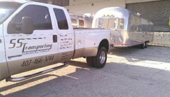 Hauling services with Enclosed or Debris trailer