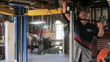 Don's Transmission Repair. Ford Motor Company
