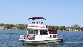 Door County House Boat Rentals, LLC