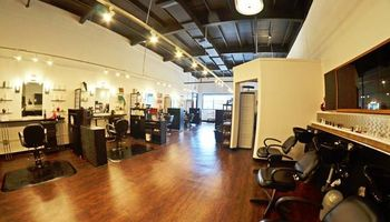 Rutz Salon. Hair color correction and cuts