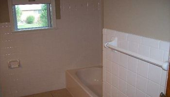 Bathtub/Tile/Shower Reglazing - $100 Off - Free Estimates!