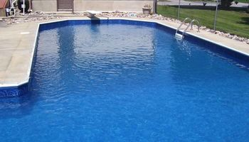 POOL LINER SPECIALIST