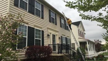 Power washing residential houses at an affordable price!