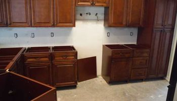 Best price on kitchen cabinets! All wood, all wood!