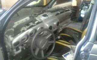 LOW COST GUARANTEED QUALITY AUTO AIR REPAIRS...